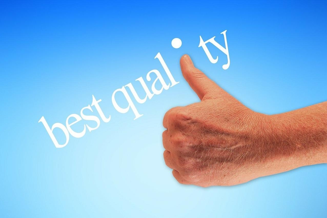 best quality mit Daumen hoch